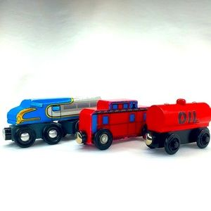 3 Piece Lot Wooden Trains Melissa & Doug